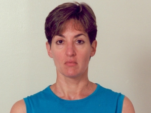 Ana Bel�n Montes, FBI mugshot. 21 September 2001.