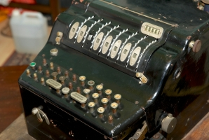 View of the controls of the Enigma H29 with serial number H-221
