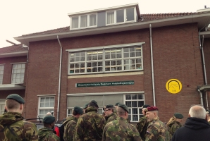 Members of the Dutch Signal Corps in front of the new Museum