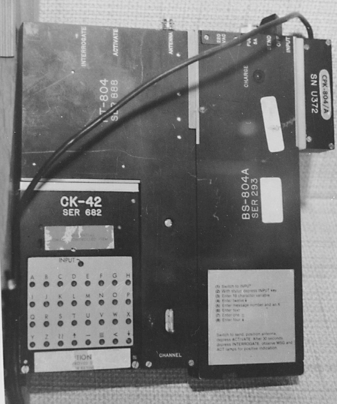 Complete RS-804 set with antenna, as photographed by the KGB [3]. Photograph kindly supplied by Detlev Vreisleben [2].